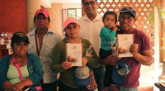 Agricultores de Chiapas reciben insumos para mejorar cultivos de maíz