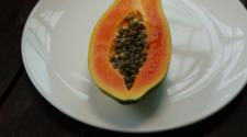 Autoridades rechazan que papaya mexicana sea fuente de contaminación